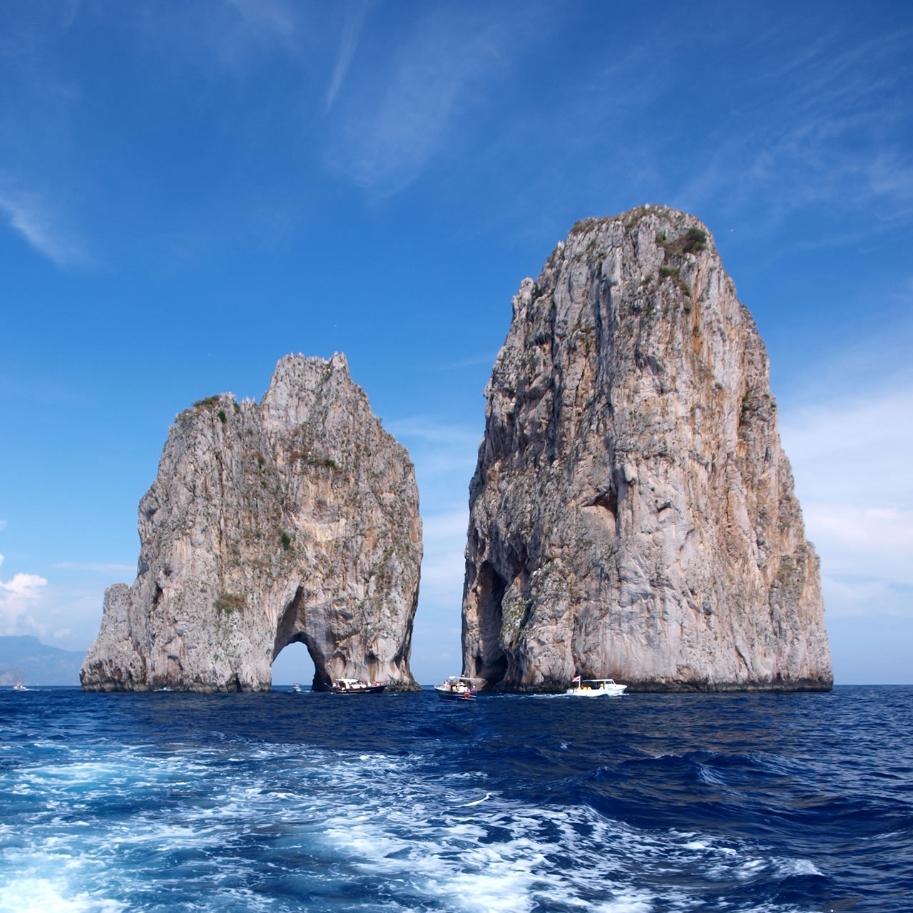 bed-and-breakfast-close-to-capri-island-01