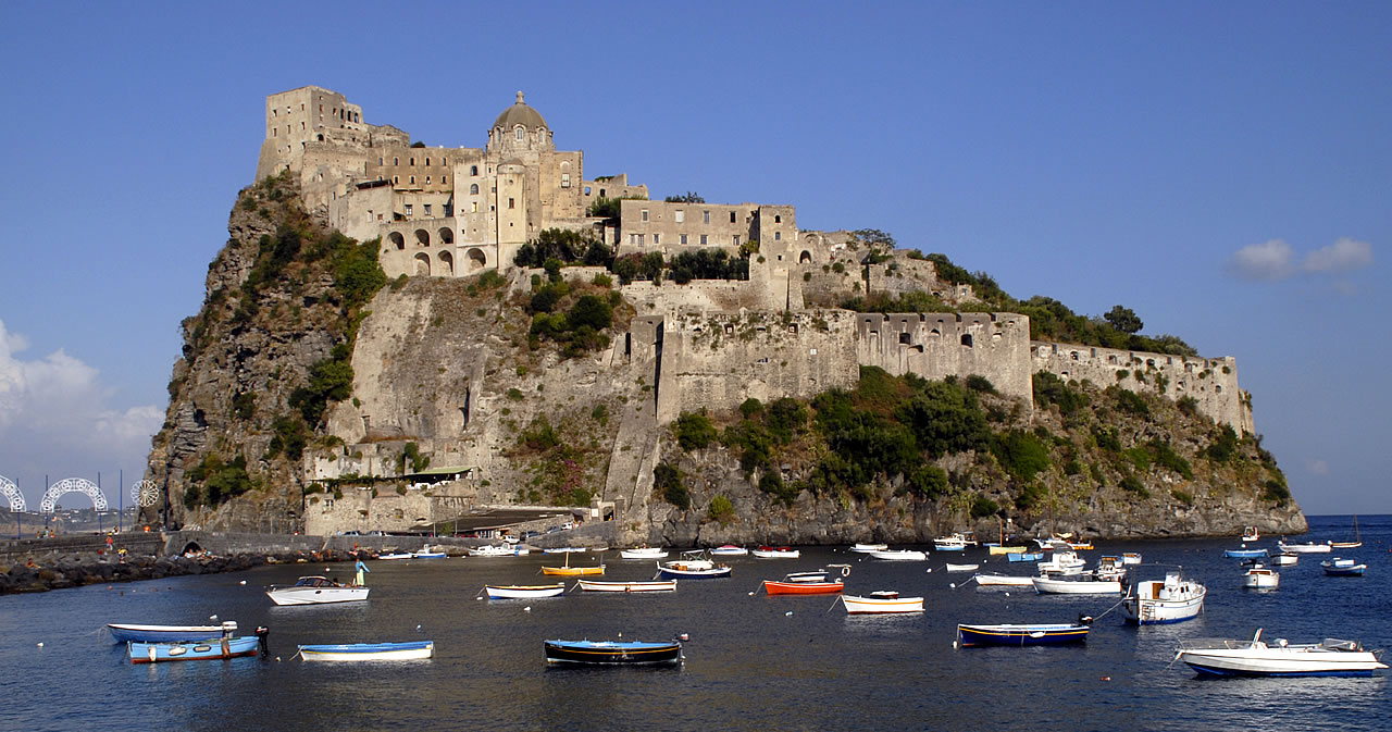 bed-and-breakfast-close-to-ischia-island-02